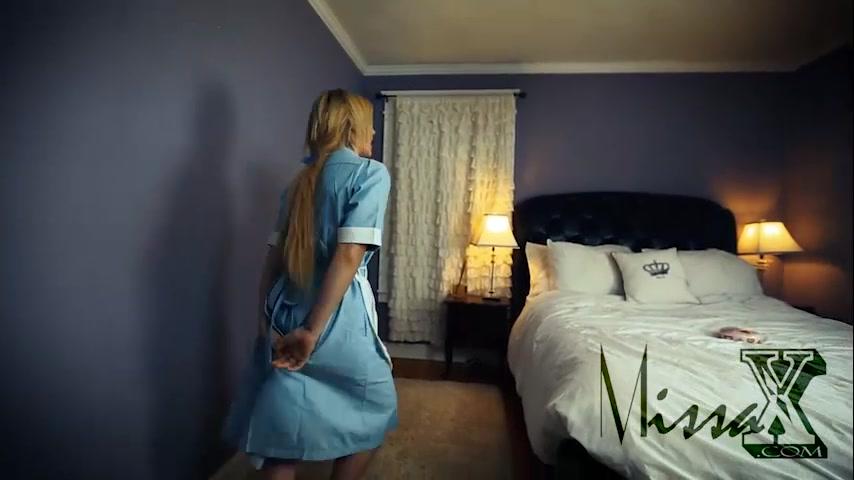 Секс В Гостинице Со Служанкой